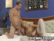 Blonde shemale Dany De Ca...