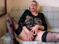 Perverted granny pushes h...