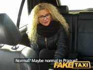 FakeTaxi Czech beauty suc...