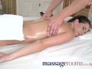 Massage Rooms Young petit...