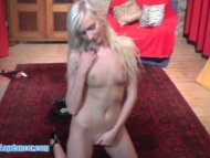 Teen blonde does lapdance...