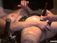 Hot wax fetish with a res...