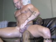 Hot Muscle Daddy Gets Pou...