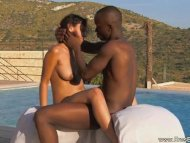 Ebony Outdoor Sex Techniq...