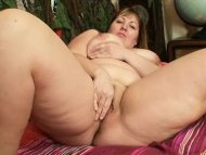 Fat blonde Milf Wanda got...