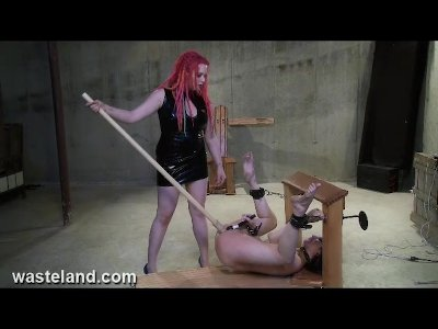 Porno Video of Femdom With Dick On A Stick Flogs Femsub And Then Fucks Her With A Dildo