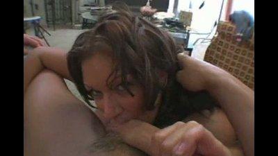 lovely brunette mami lollipops a hard cock