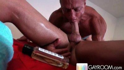 Fucking during first massage