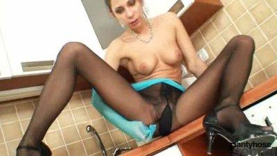 Hot legs babe Rachel Evans in nylon pantyhose