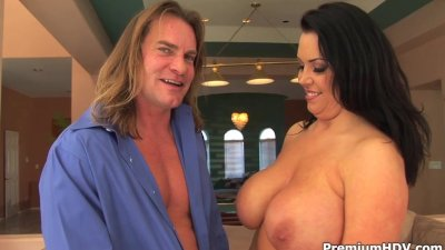 Big tits milf Angelica Sin jumps in rod