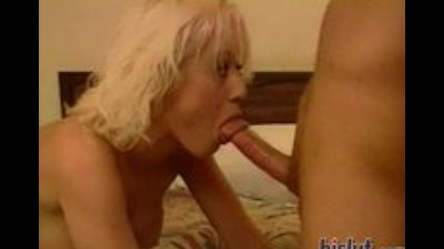 Nena knows how to blow a dick
