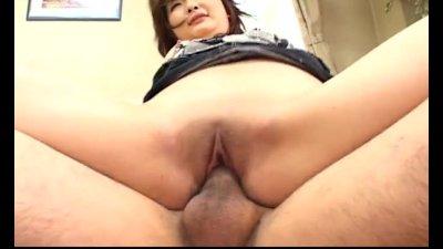 Junna Aikawa gets a nasty creampie