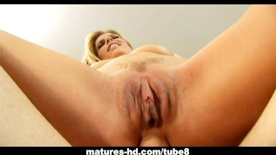Darryl Hanah fucked in the ass with serious anal