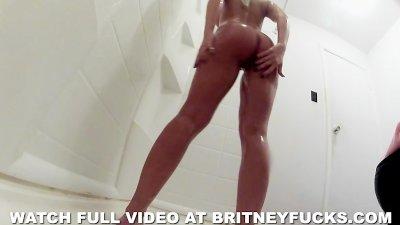 Britney Amber Sexy Shower BTS