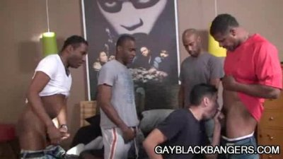 Ebony dudes Aron, Cuba, JD and Justin Plugging A White Ass