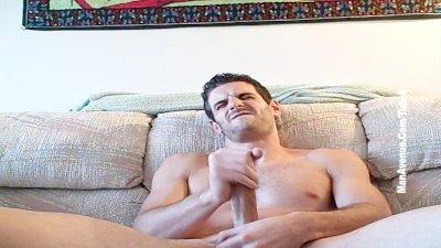 Hot Stud Amateur Sucking Own Dick