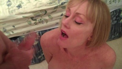 Melanie controls 2 hard cocks
