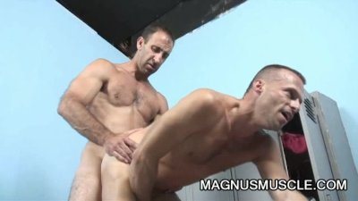 Mitch Brawn And Steven Richards - Muscle Dilfs Butt Pluggers