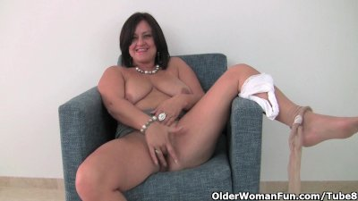 Busty mature mom in white panties and pantyhose