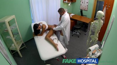 FakeHospital Young teen girl n