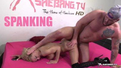 Shebang.TV - Loulou & Kane Turner