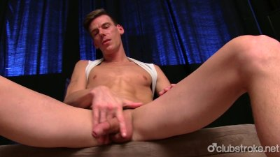 Horny Straight Finn Masturbating His Shaft