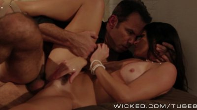 Sexy milf India Summer loves sex