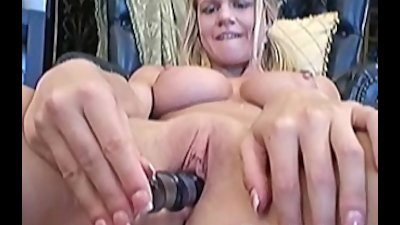 Busty amateur Lisa playing with her favorite toy