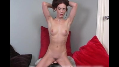 Riley Shy Rides the Sybian