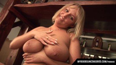 Polish Huge tits star Wanessa Lilio showing her boobs on Bar