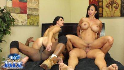Priya shows off her sexy curvy body as she fucks herself outdoors