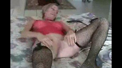 Amateur Stepmom MILF Pornstar