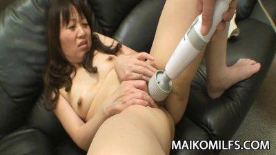 Yukiko Moritani - Young Cock FUcking A Wrinkled Mature JAV Pussy