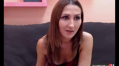 HotLeandras Shaved Pussy Upclose